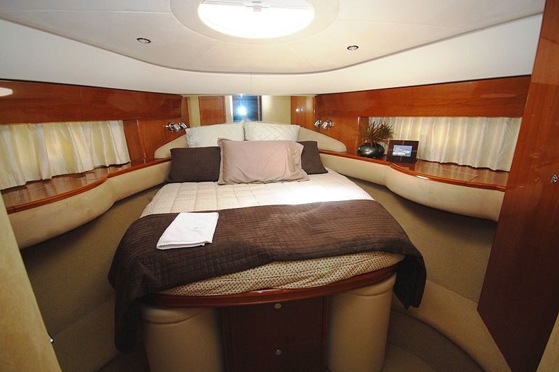 PRINCESS 61-4 CABINS-ATHENS-GREECE-optimal-rentals-yacht-booking10