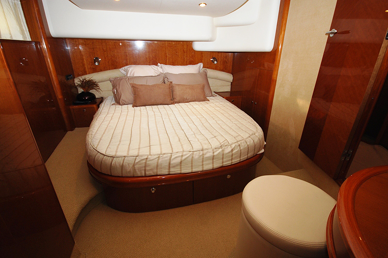 PRINCESS 61-4 CABINS-ATHENS-GREECE-optimal-rentals-yacht-booking12