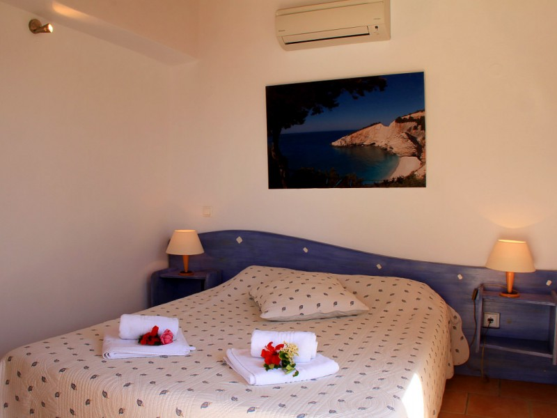 Villa-Bobuki-Lefkada-Greece-optimal-rentals-booking-31