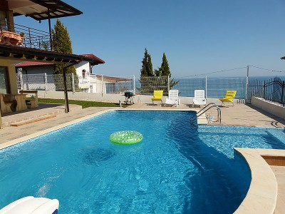 Villa-Seaview-Albena-Bulgaria-optimal-rentals-booking-featured