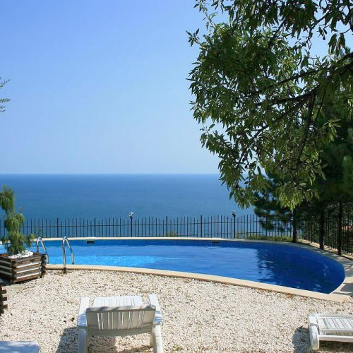 Villa-Sunny-Albena-Bulgaria-optimal-rentals-booking-1