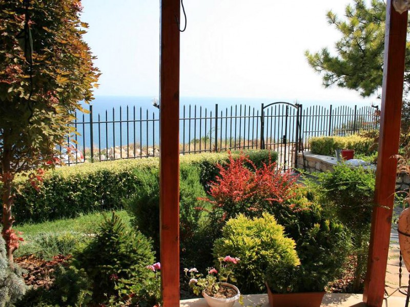 Villa-Sunny-Albena-Bulgaria-optimal-rentals-booking-7