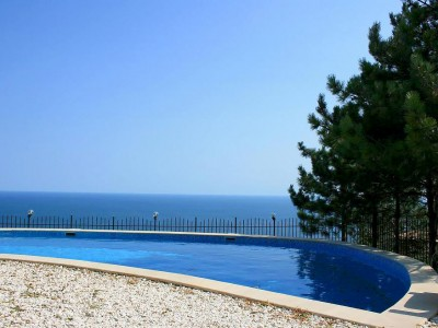 Villa-Sunny-Albena-Bulgaria-optimal-rentals-booking-featured