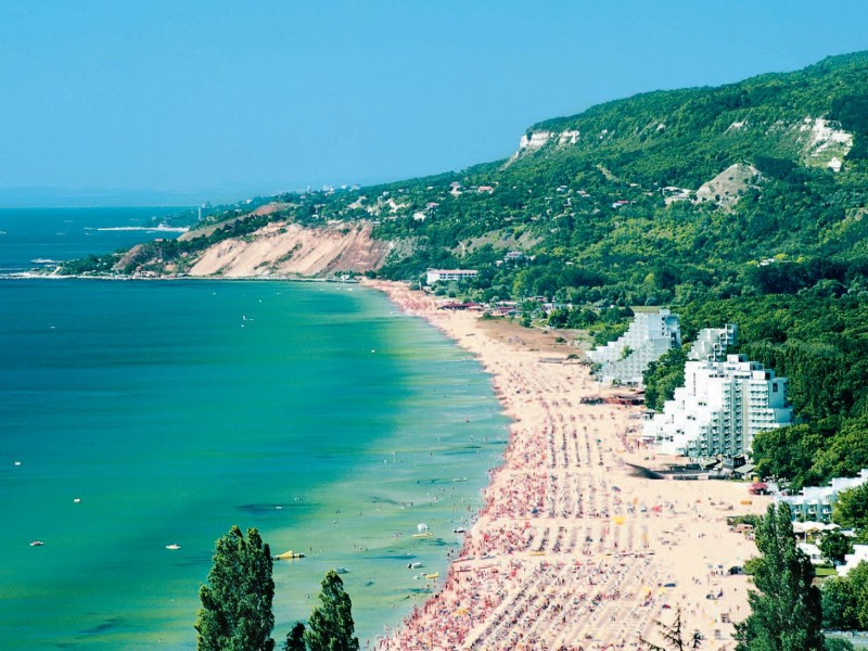 albena-bulgaria-optimal-rentals-yachts-villas-apartments-booking