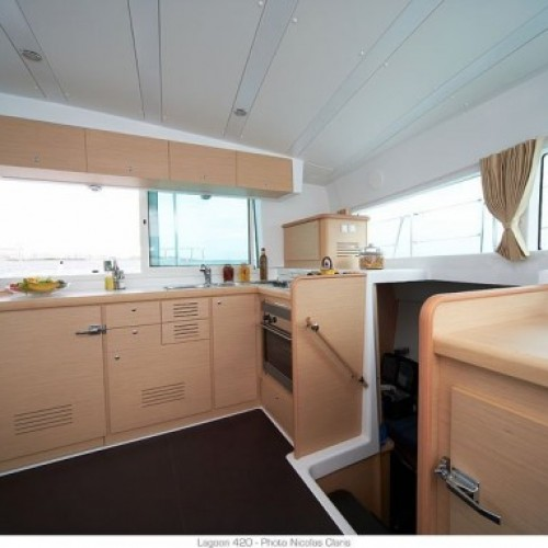 catamaran-lagoon-420-optimal-rentals-booking13